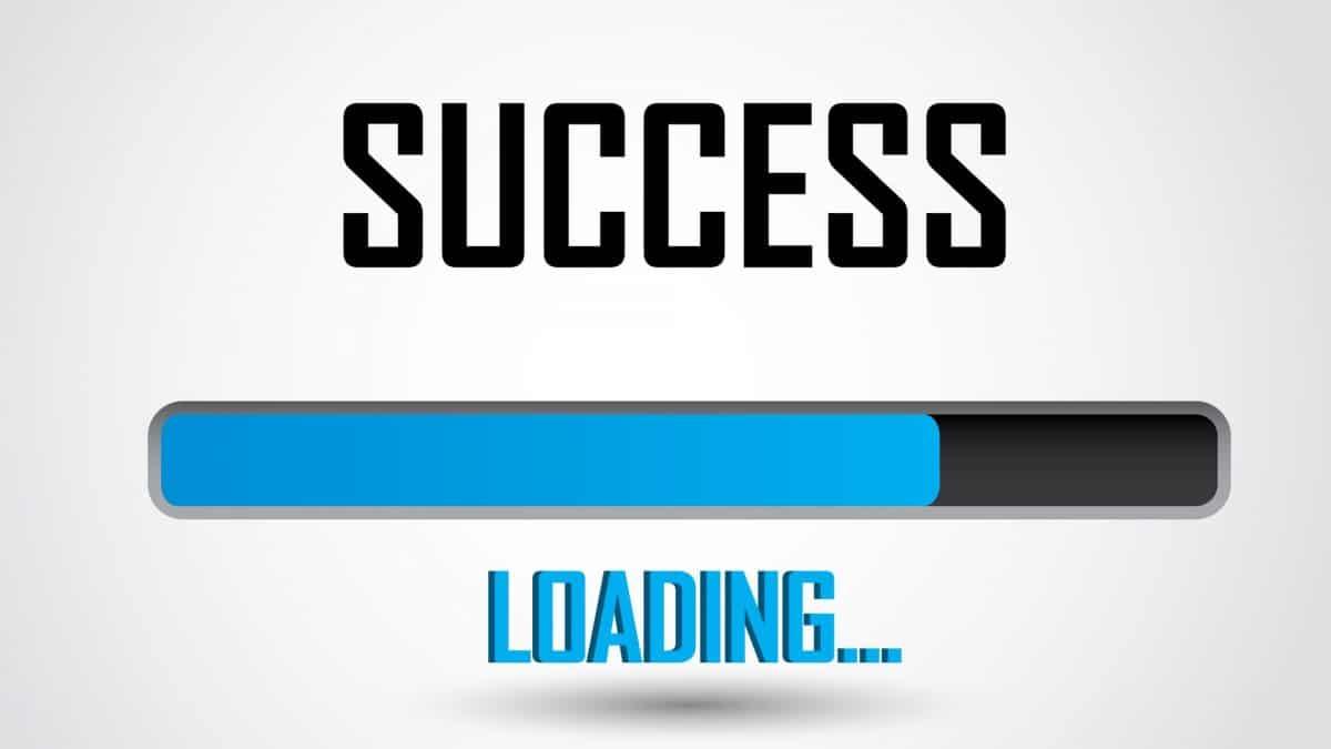 کسب موفقیت و حرف های دیگران: